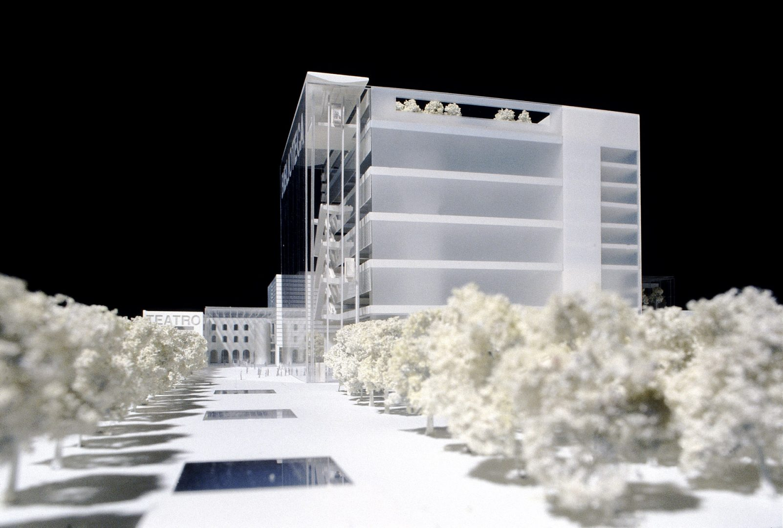3D model of the proposed Centro Culturale di Torino from the new piazza with city library